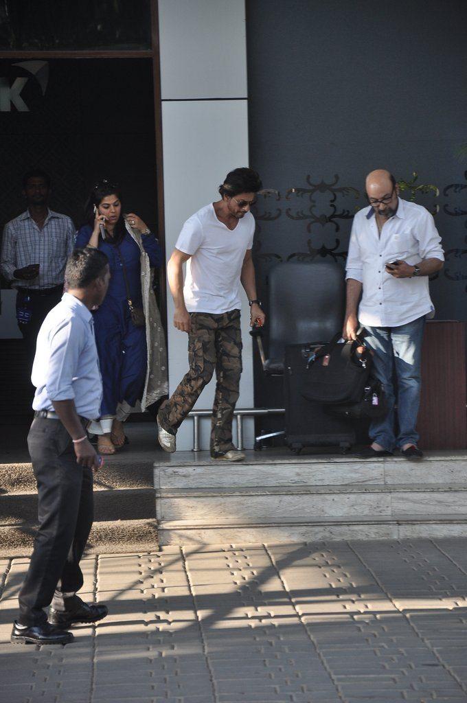 Shahrukhb deepika (4)