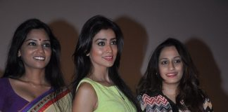 Shriya Saran, Usha Jadhav attend painting exhibition