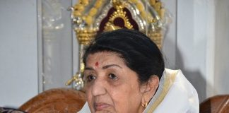 Lata Mangeshkar denies death rumors on Twitter