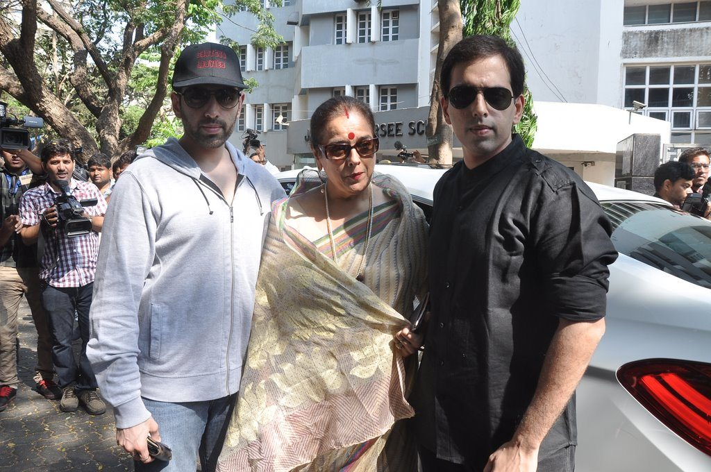 Bollywood voting (6)