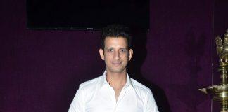 Sharman Joshi, Rhea Pillai attend Nicolai Friedrich show in Mumbai