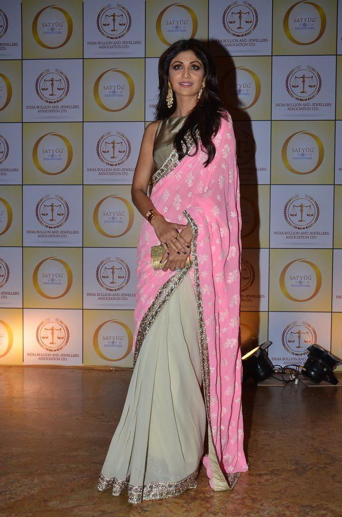 Shilpa gold (3)