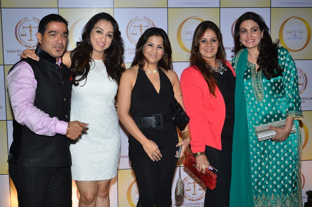 Shilpa gold (6)
