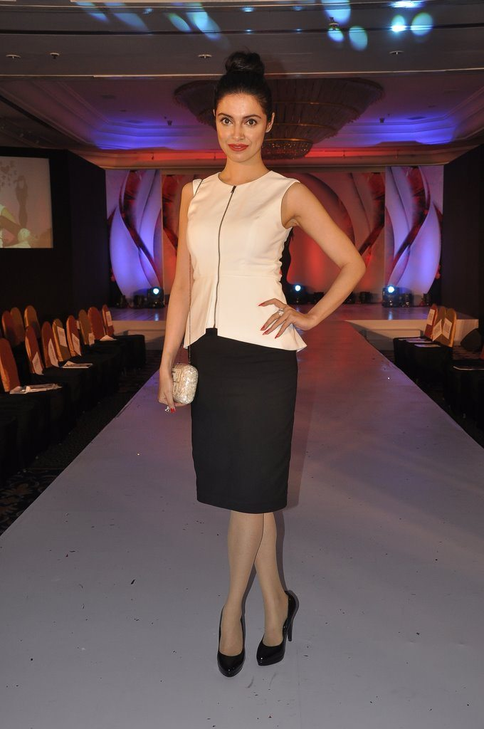 models at ramp walk (2)
