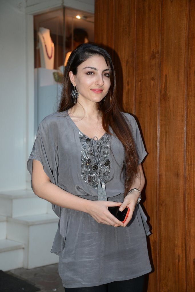 soha and aditya (2)