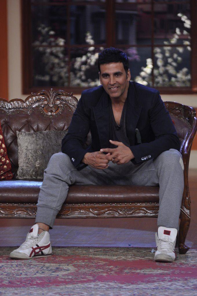 Akshay comedy (5)