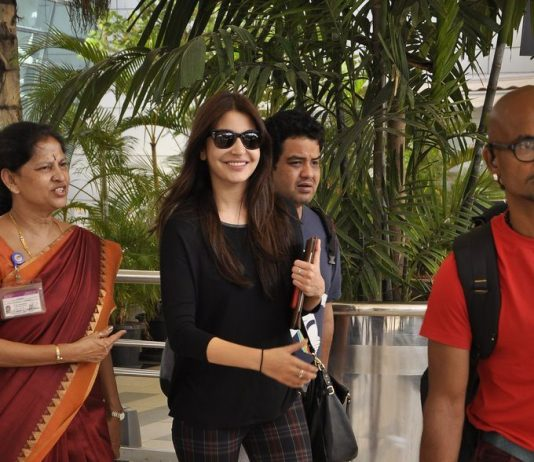 Anushka Sharma snapped returning from NH10 shoot in Jodhpur
