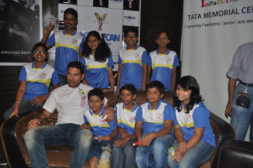 Yuvraj Singh with child cancer patients