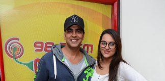 Sonakshi Sinha, Akshay Kumar visit Radio Mirchi to promote Holiday