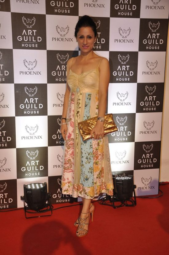 Rashmi_nigam_at_art_guild_house_launch14