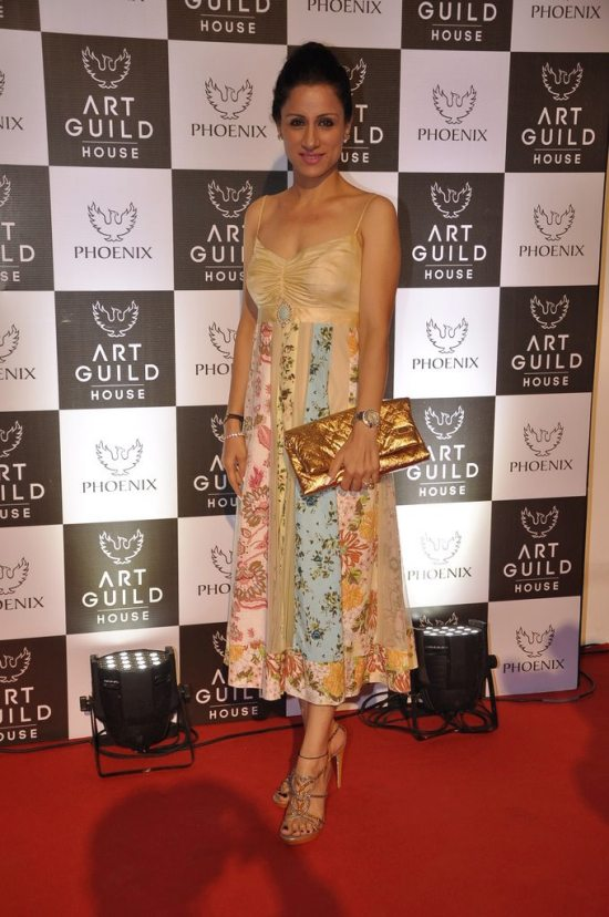 Rashmi_nigam_at_art_guild_house_launch15