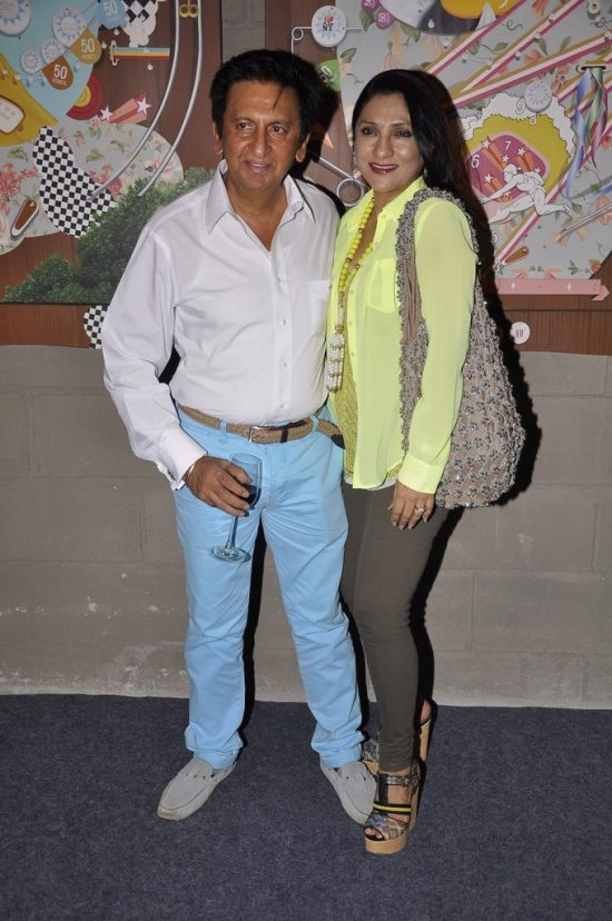 Rashmi_nigam_at_art_guild_house_launch28