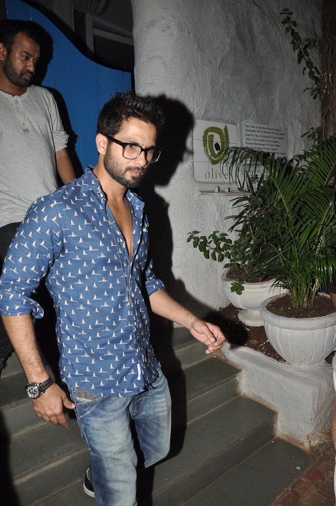 Shahid snapped (3)