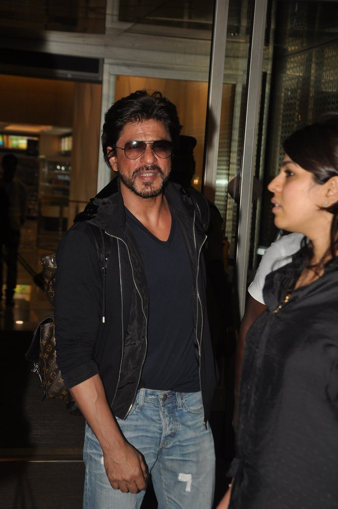 Shahrukh returns (4)