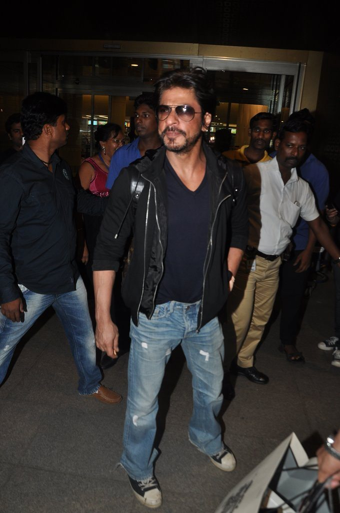 Shahrukh returns (5)