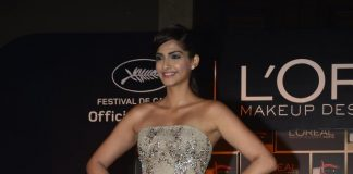 Sonam Kapoor launches new makeup collection from L'Oreal Paris for Cannes Festival – Photos