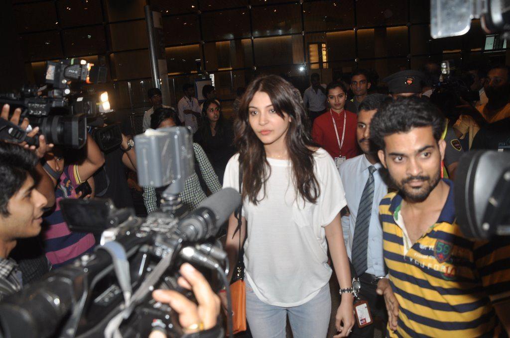 Anushka rahul (2)