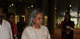 Jaya Bachchan snapped at Mumbai Airport
