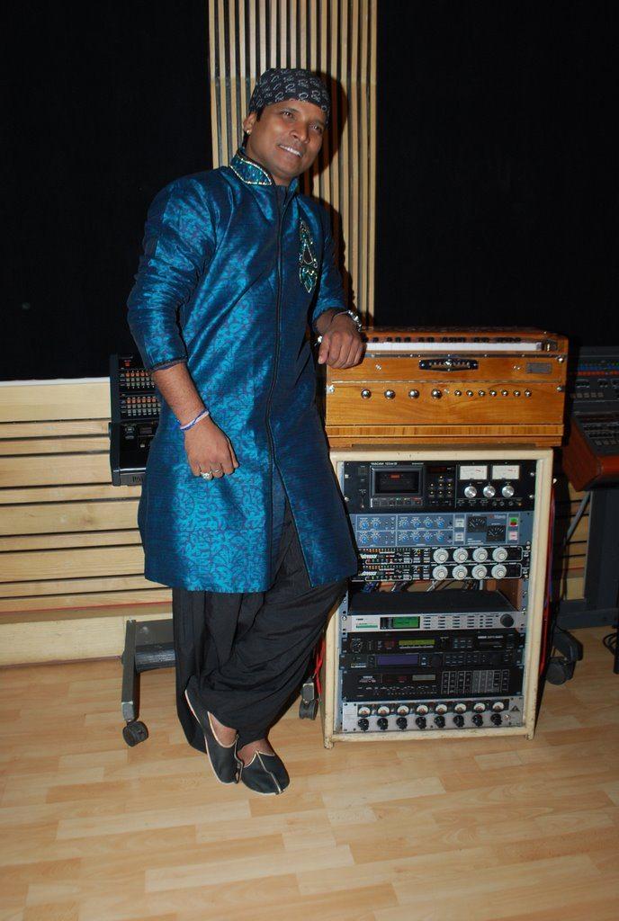 Music recording (4)
