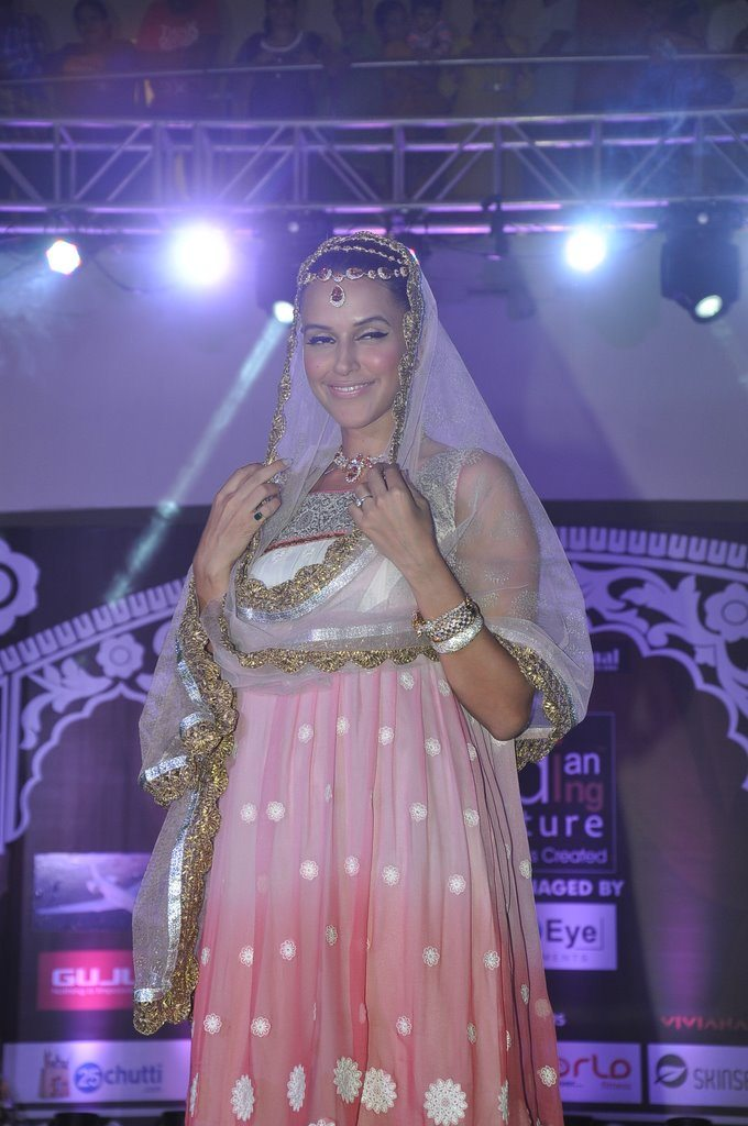 Neha dhupia wedding (3)