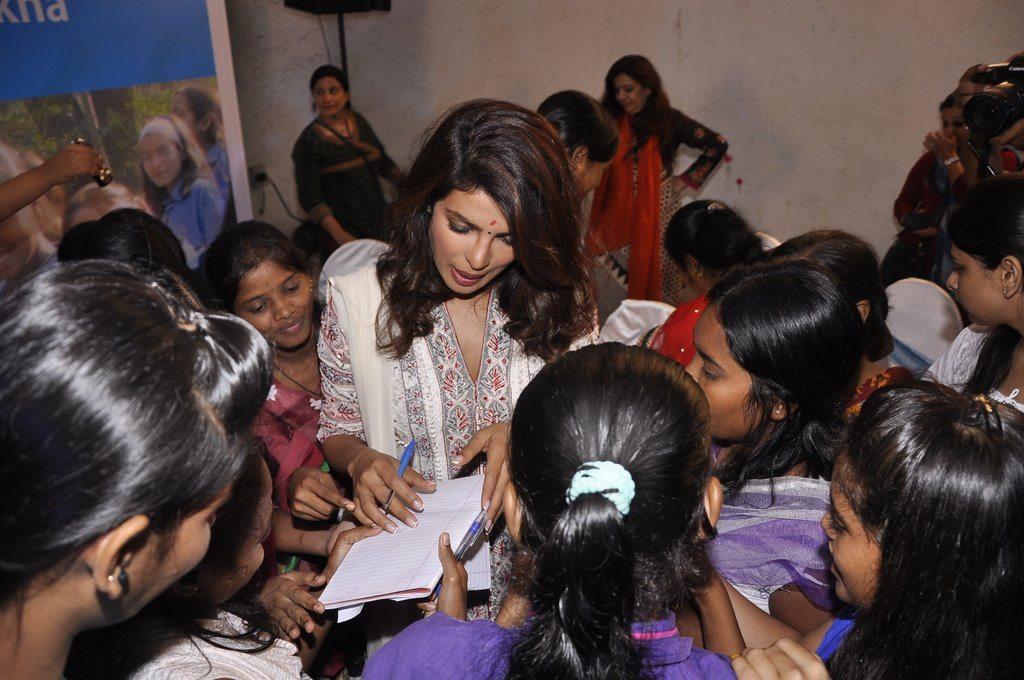 Priyanka unicef (10)