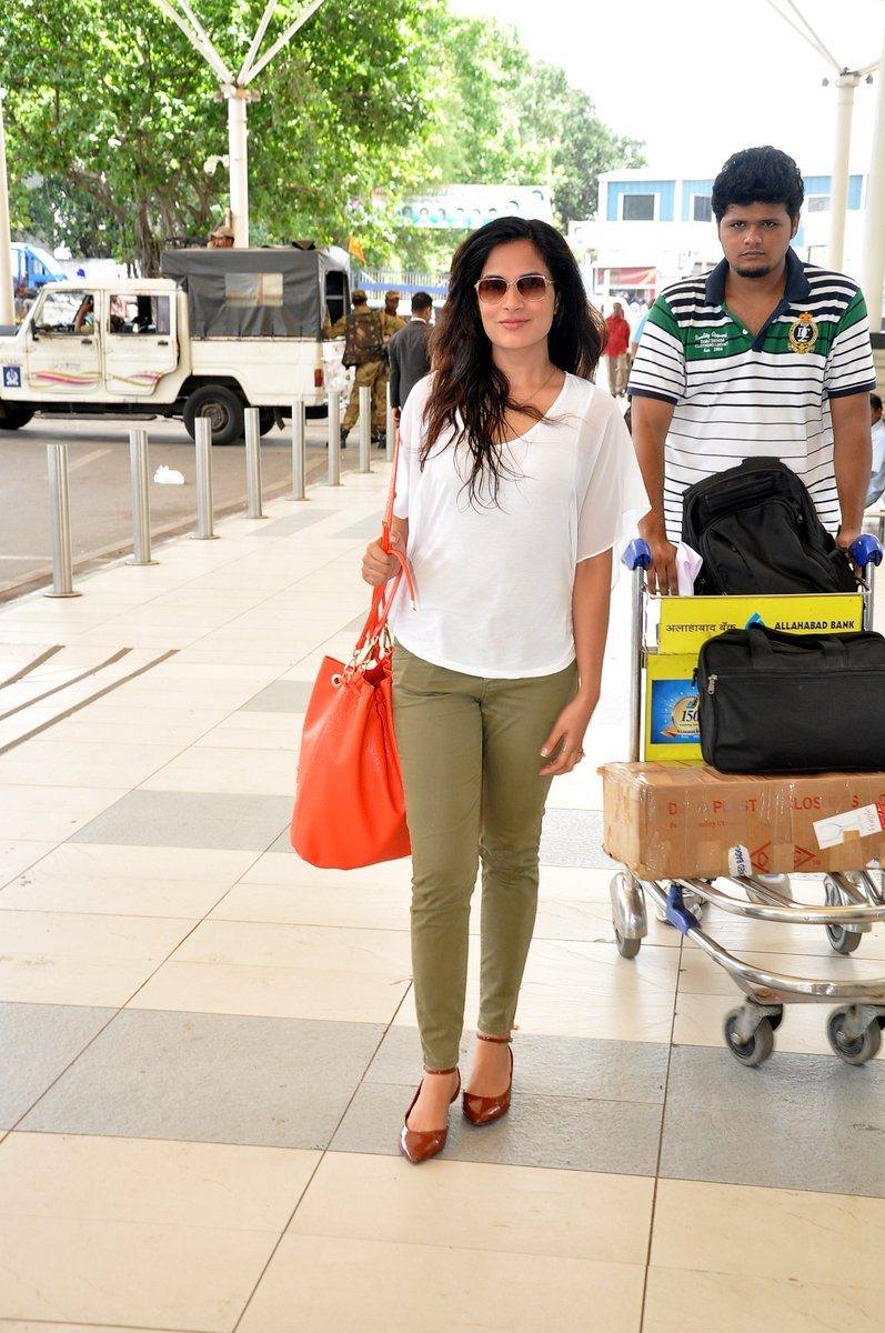 Richa chaddha snapped (2)