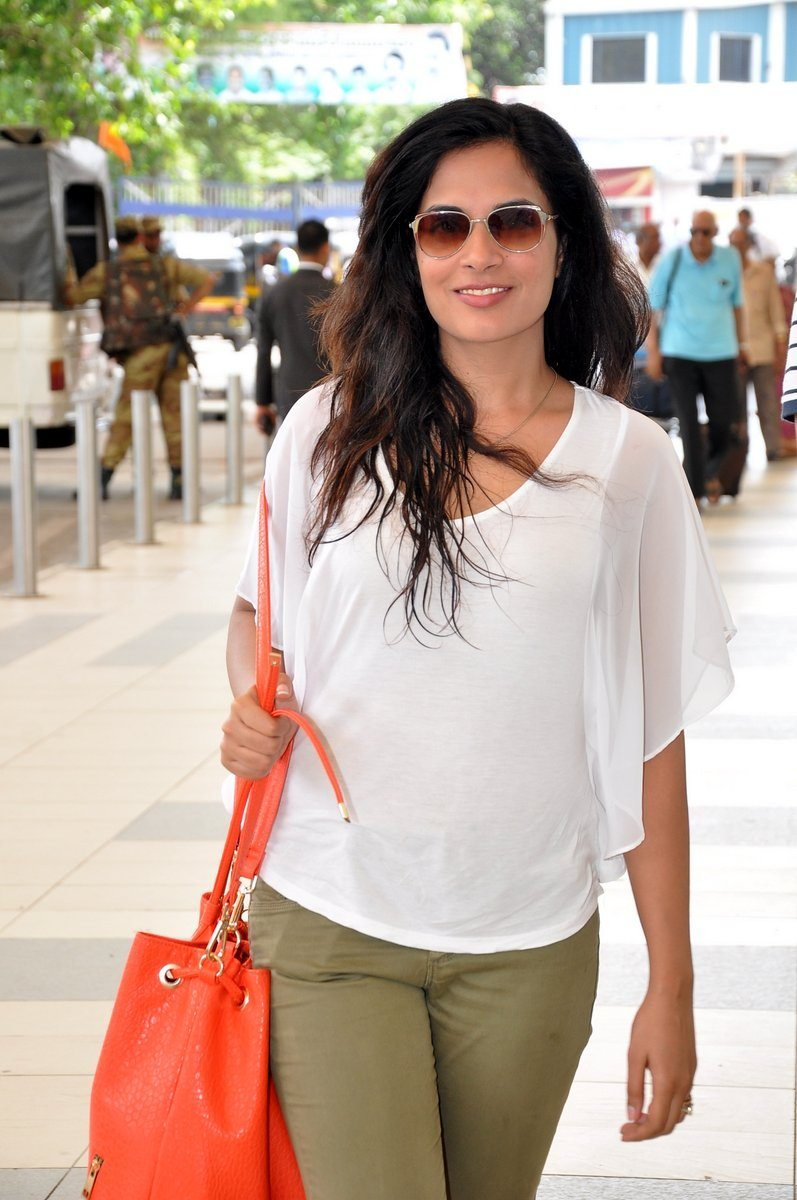 Richa chaddha snapped (3)