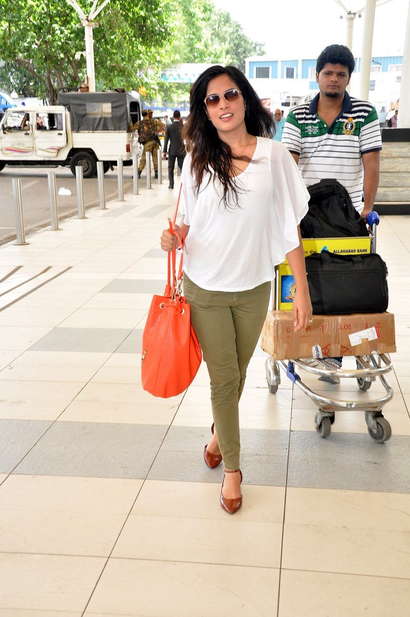 Richa chaddha snapped (5)