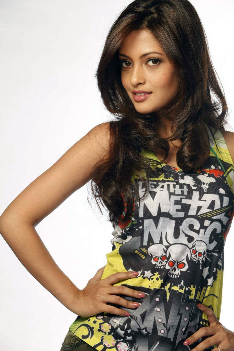 Riya sen hot new photos (7)