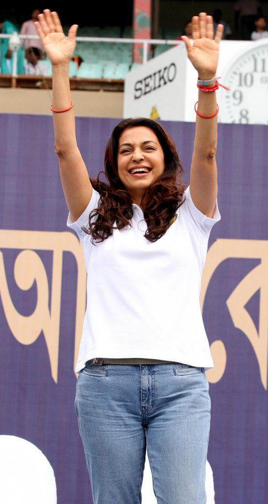 SRK celebrates (12)