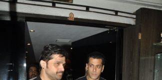 Salman Khan snapped at Himesh Reshammiya's recording studio