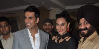 Sonakshi Sinha and Akshay Kumar promote Holiday at a press event