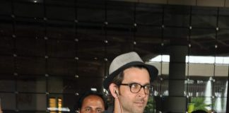 Hrithik Roshan at Mumbai International airport – Photos