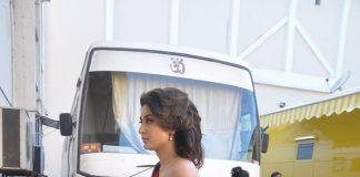 Kareena Kapoor to star opposite Akshay Kumar in Singh is Bling