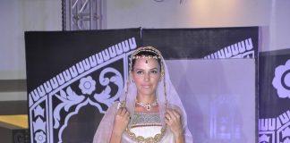 Neha Dhupia stuns at Wedding Couture Fashion show