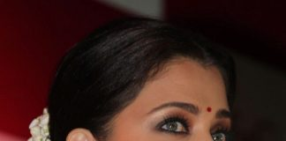 Aishwarya Rai Bachchan pledges her support for Stem Cell Banking