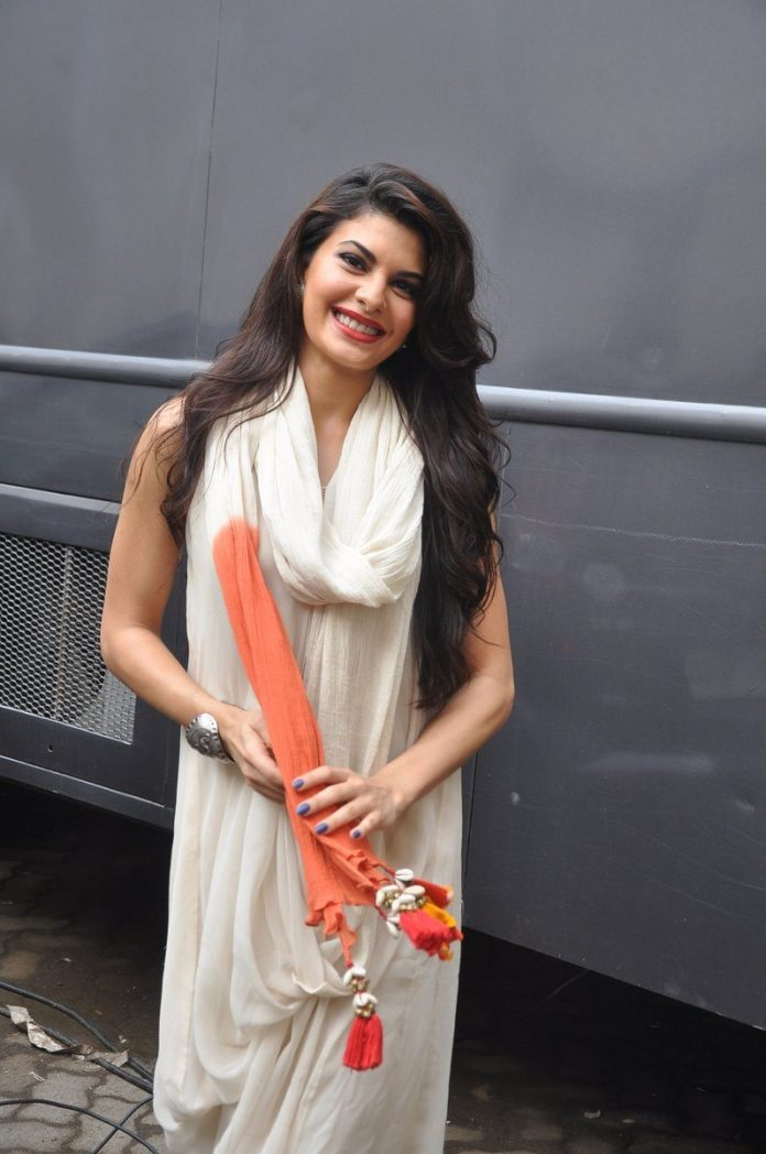 Jacqueline outside vanity (1)