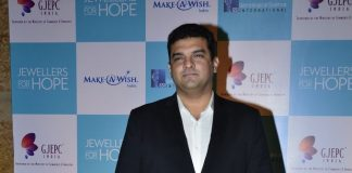 Kajol and Boman Irani attend Jewellers for Hope event