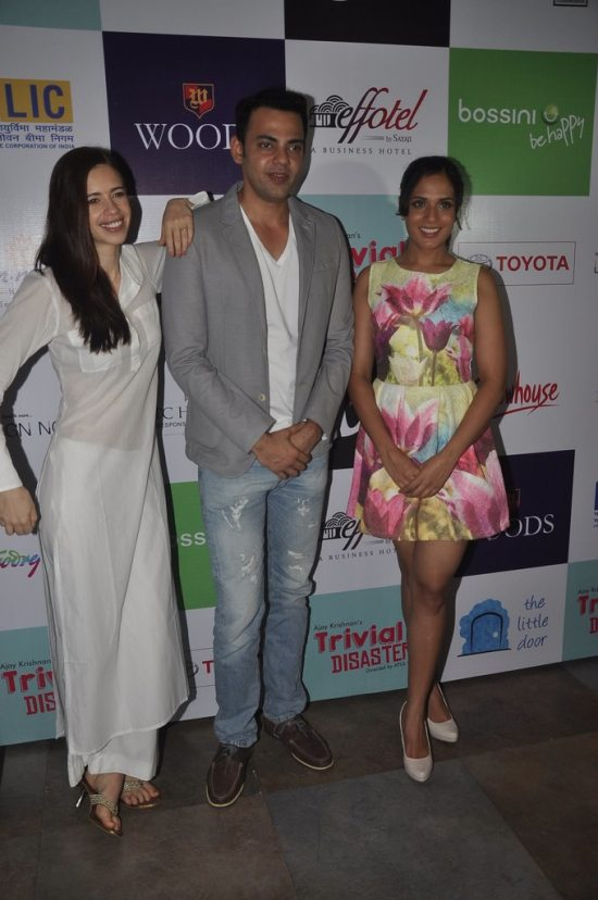 Kalki_and_richa_chadda_play83