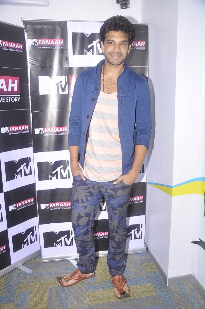 Rithvik Dhanjani, Karan Kundra and Ratan Rajput attend MTV
