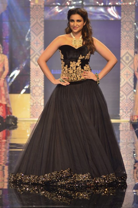 Parineeti_Chopra_IIJW_2014_AKS10