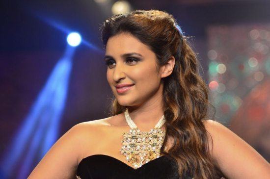 Parineeti_Chopra_IIJW_2014_AKS7