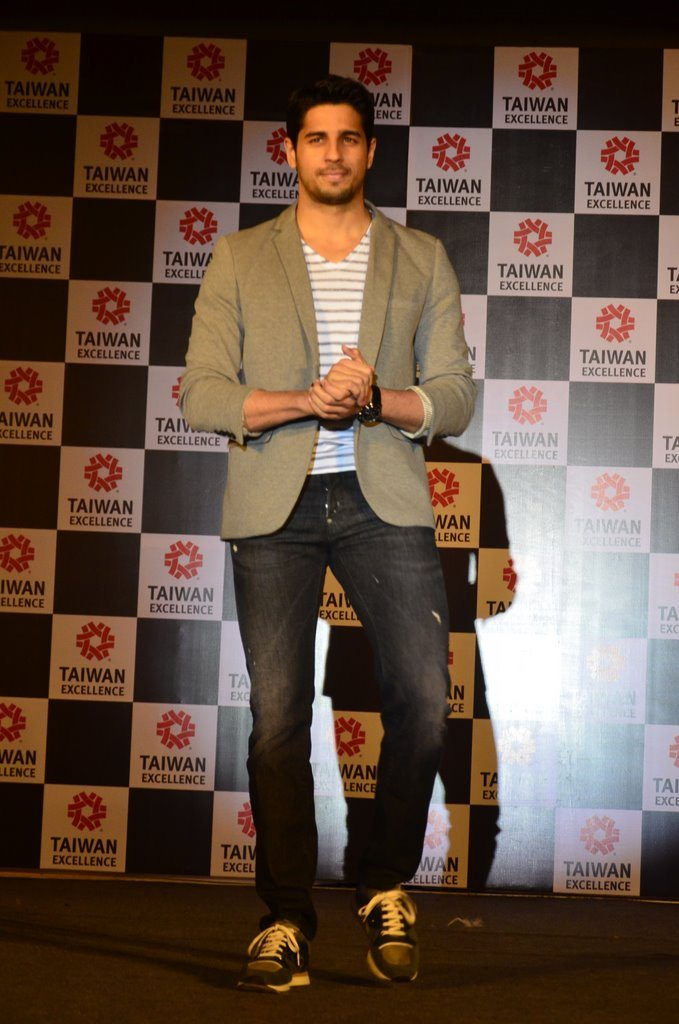 Sidharth taiwan excellense (1)