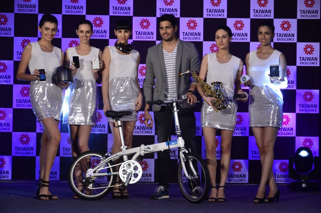 Sidharth taiwan excellense (5)