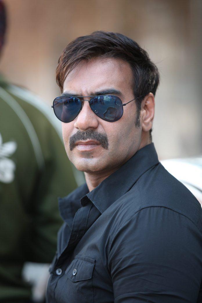 Singham first look (1)