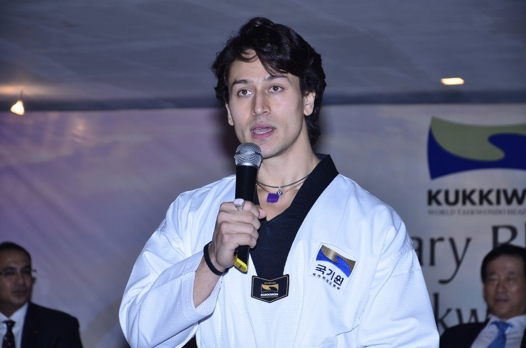 Tiger shroff black belt (5)