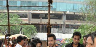 Varun Dhawan promotes HSKD at Mithibai College – Photos