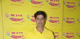 Surveen Chawla, Jay Bhanushali and Sushant Singh promote Hate Story 2 at Radio Mirchi