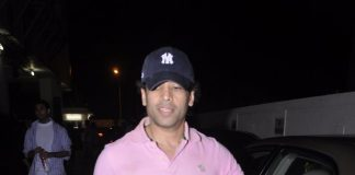 Tusshar Kapoor and Shilpa Shetty's parents unwind at the movies