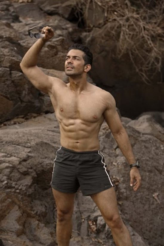 Abhinav_Shukla_bollywood_debut_photos0